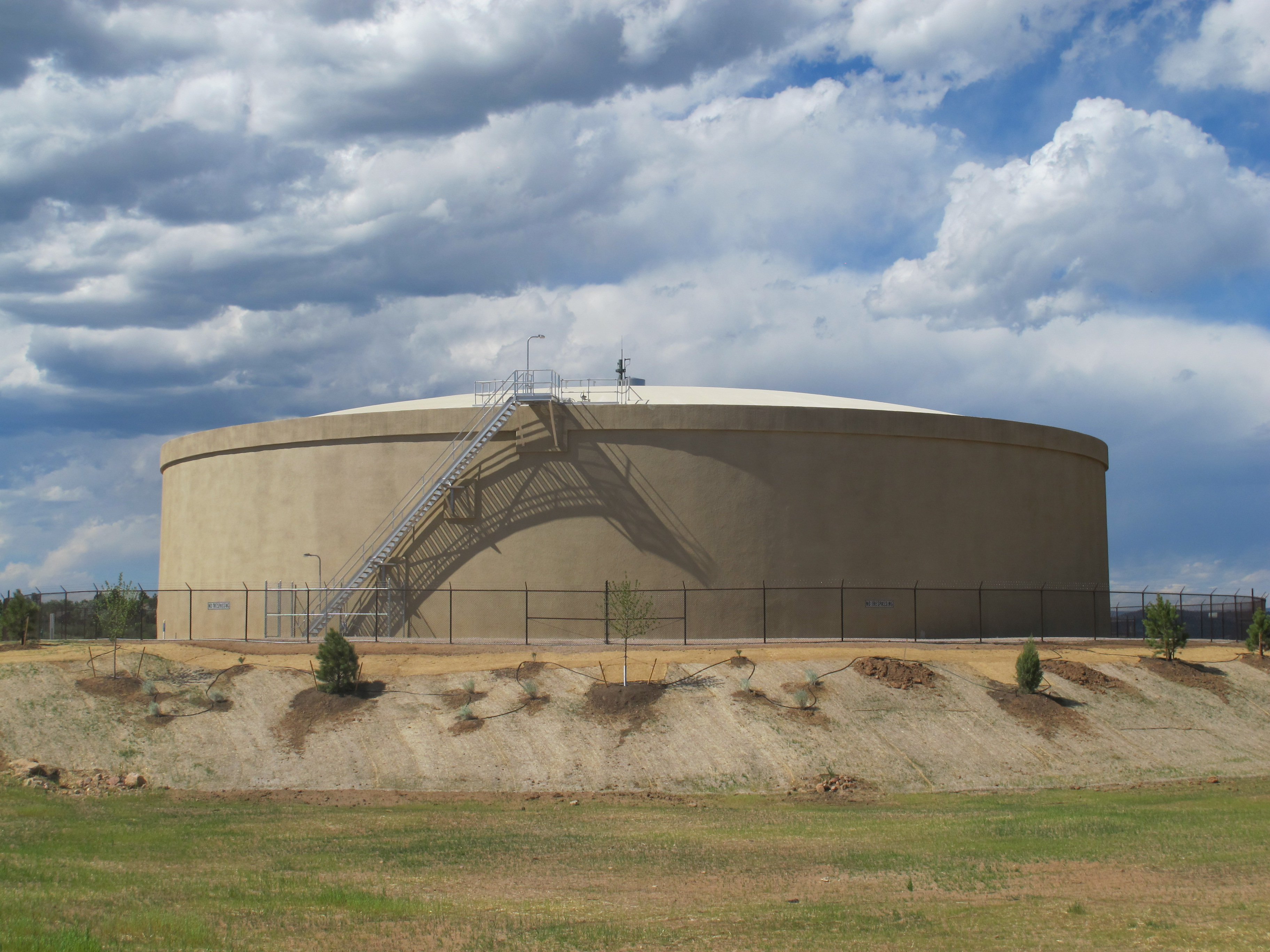 Prestressed Concrete Storage Tanks